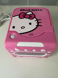 HELLO KITTY Stereo CD Player AM/FM Dual Alarm Clock Radio Model KT2053A Sanrio