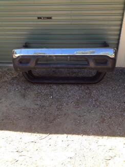 Hilux front bumper