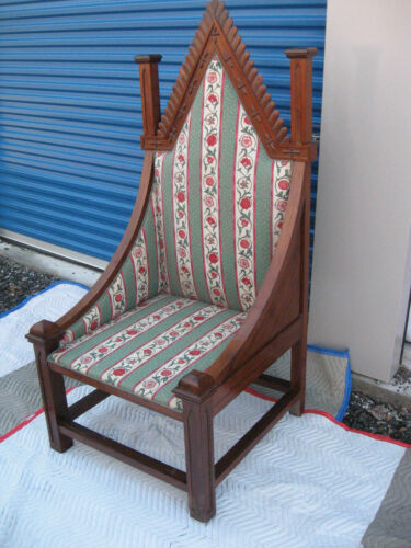 """Attractive Antique Gothic Throne or Bishops Chair, Nicely Carved 65"""""""