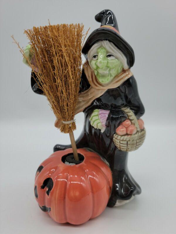 Vintage 1988 Fitz Floyd Ceramic Witch With Pumpkin Candleholder Halloween 7 inch