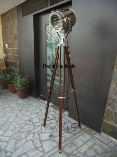 NAUTICAL REPRODUCTION SPOT SEARCH LIGHT SPOTLIGHT W/FLOOR WOODEN TRIPOD STAND ..