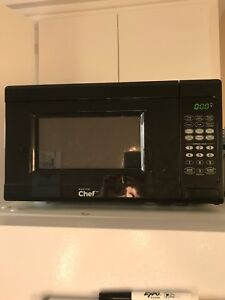 Master Chef apartment size microwave