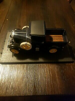 2000 Classic 1931 Ford Model A PickUp Truck 1:18 Scale Diecast