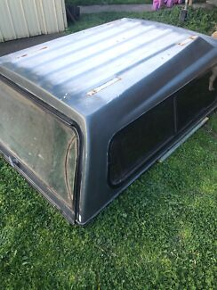 Fibreglass Canopy to suits 84-88 Hilux Tub