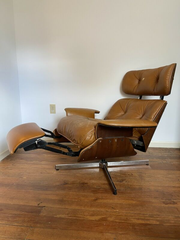 Mid Century Modern Eames Plycraft Style Lounge Chair Recliner by Selig