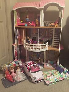 Barbie Doll house 3 floors w/ car barbies furniture clothes