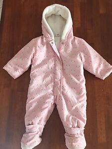 Baby ski snow suit 6-9 months Balwyn North Boroondara Area Preview