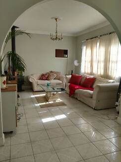House mate wanted!
