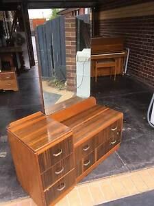 antique dresser Sydenham Brimbank Area Preview