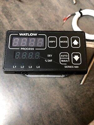 Watlow Series 989 Temperatureprocess Controller 989a-20ca-aarg