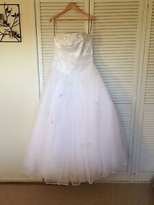 NEW Size 22 Alfred Angelo Wedding Dress With Tags Toowoomba Toowoomba City Preview