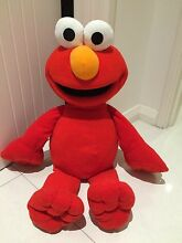 Tickle Me Elmo Jumbo 24 Inch Tall - Talks Doubleview Stirling Area Preview