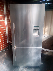 FISHER PAYKEL 519L fridge (GOING CHEAP) Sylvania Waters Sutherland Area Preview