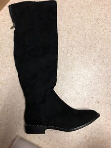 New Never Worn Black Knee High Boots