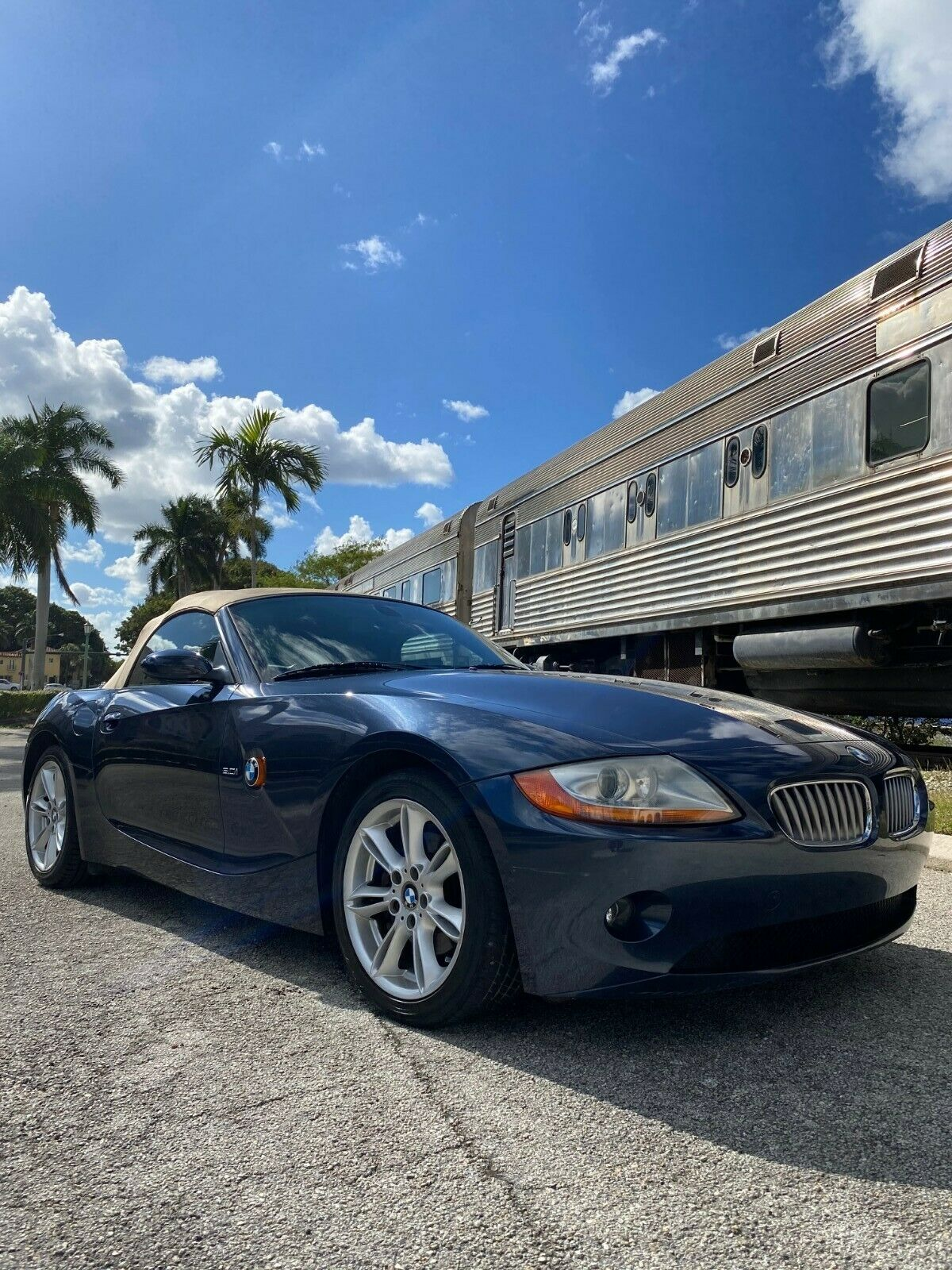 2003 BMW Z4 3.0i~Power Top~Loaded~Car Fax Cert~New Tires~Cream Puff~Non Smoker!