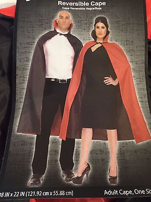 HALLOWEEN COSTUME  BLACK/RED REVERSIBLE CAPE OSFA