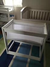Boori King Parrot Bassinet in white South Plympton Marion Area Preview