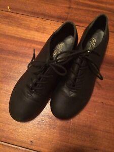 So Danca tap shoes - size 2