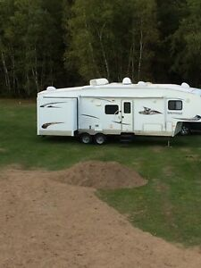 2012 Springdale 5th wheel camper