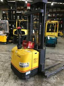 1.5T Walkie Stacker - Rent for only $75 plus GST Per Week Wetherill Park Fairfield Area Preview