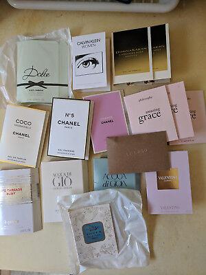 BIG Lot of Popular Perfume Samples Chanel Armani Valentino + free makeup bag