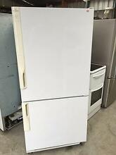 Westinghouse 500L fridge freezer WITH WARRANTY New Town Hobart City Preview