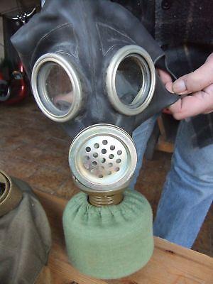 Russische Gasmaske Schutzmaske schwarz Gr. 3 mit Filter neu und asbestfrei!