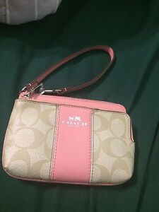 Selling new coach purse