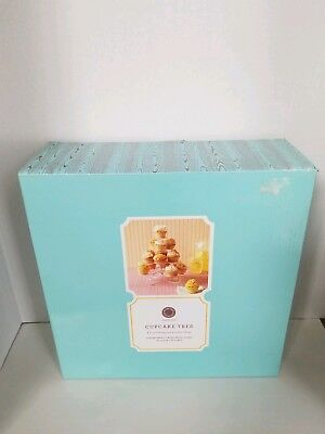 Martha Stewart Collection Cupcake Tree Collapsible Coated Metal Stand Holds 18  ()