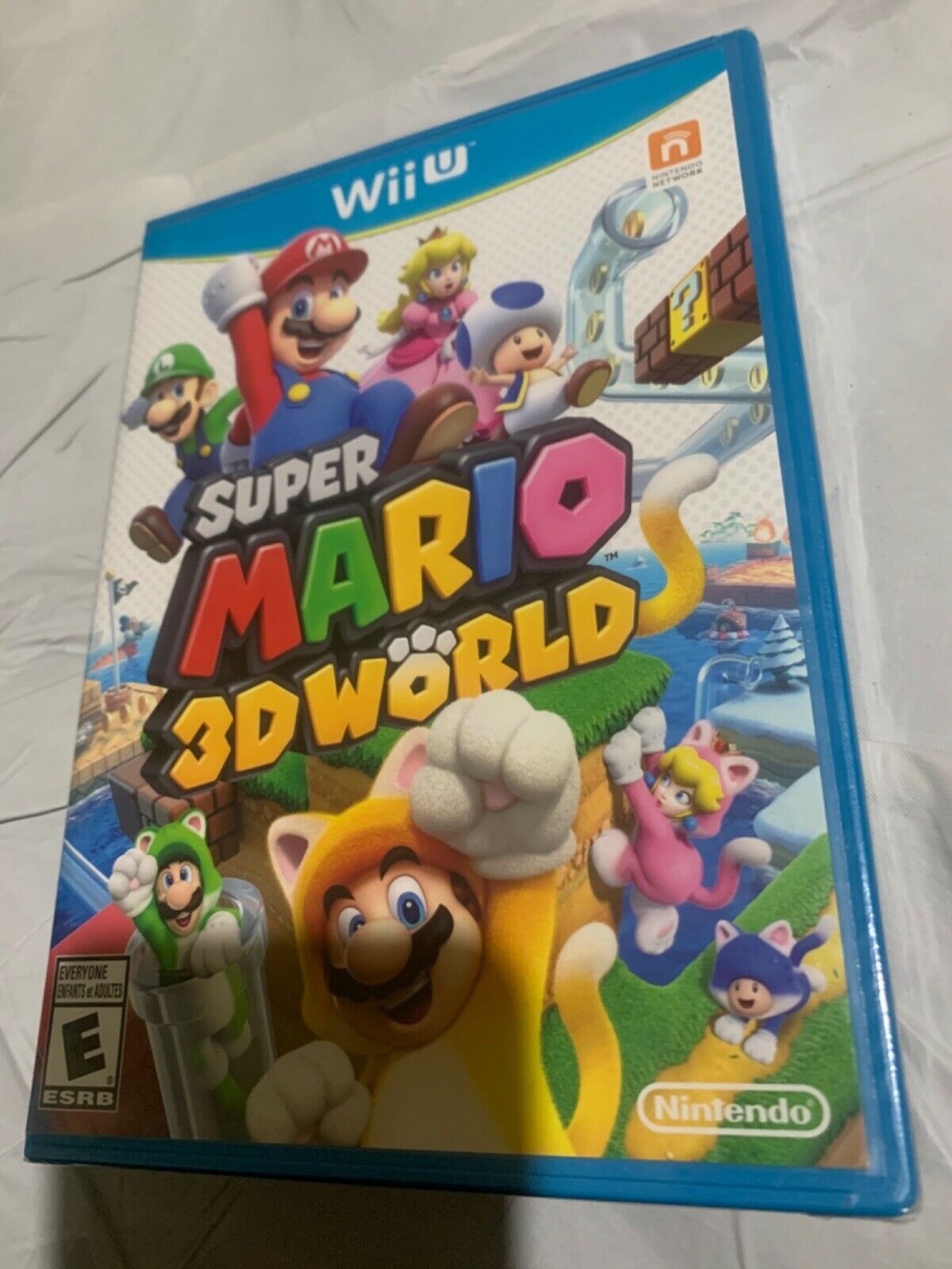 Super Mario 3D World Wii U, 2013 BRAND NEW FACTORY SEALED - $42.99