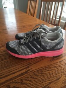Woman's size 8 Adidas