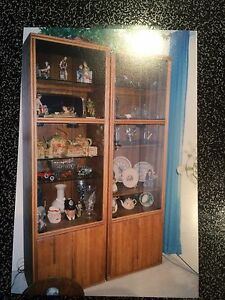 3 peace Solid Oak Wall Unit Must Sell Belleville Belleville Area image 1