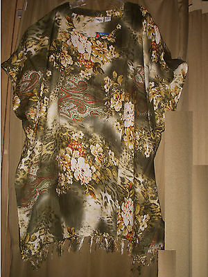 One Size Plus Caftan Tunic Cover Up Floral Green NWT 1X 2X 3X  56