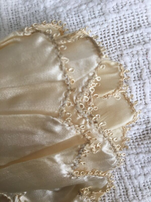 "Exquisite Antique 1900 Scalloped Silk Trim Fragment With Picot Edge ""Rare"""