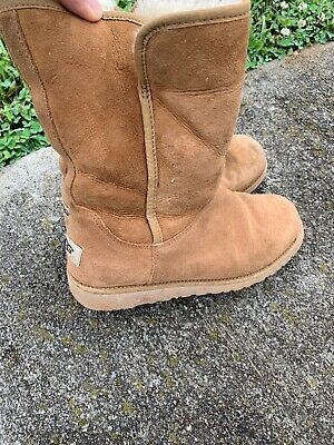 Ugg Sale Girls (SALE @ UGG AUSTRALIA Sheep Skin Fur Leather Sherpa Boots Boy Girls Sz 4)