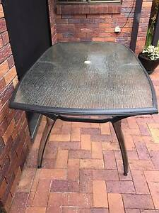 FREE Outdoor Dining Table Bridgeman Downs Brisbane North East Preview