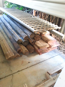 Assorted posts and planks Reynella East Morphett Vale Area Preview