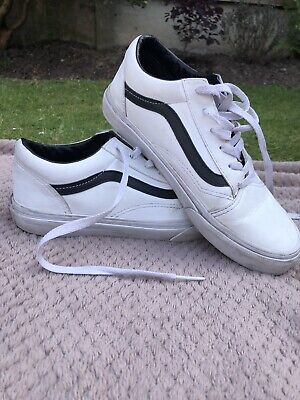 Vans, Black And White Leather , Size 5.5