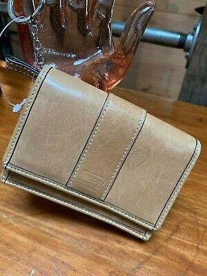 COACH Wallet Tan Leather Zip Coin Purse Bi Fold Snap Key Ring
