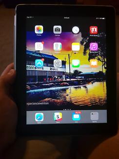 Apple iPad 16gb Wi-Fi 4th generation retina