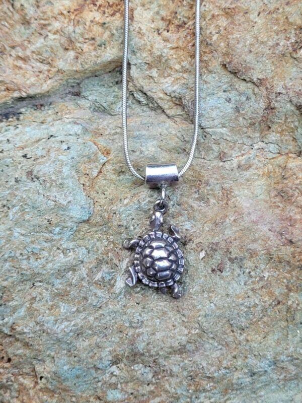 Vintage 925 Sterling Silver Turtle Dangle Pendant/Necklace - Dated 1982