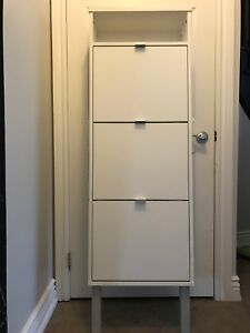 Shoe storage cabinet in great condition