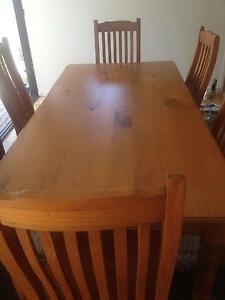 Dining table Avalon Pittwater Area Preview