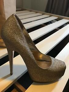 Size 8 Sparkly Gold Novo Shoes Ashmore Gold Coast City Preview