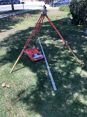 David White Auto Level Al6-18 With Stand And David White 7703 Aluminum Rod