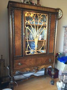ISO china cabinet