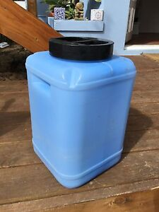 30l water tank Duncraig Joondalup Area Preview