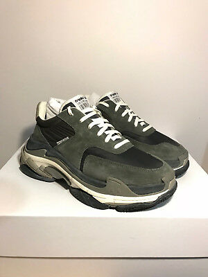 86bae0b20acb authentic Balenciaga Triple S trainer sneakers OG US 9 EU 42 Men New GREY