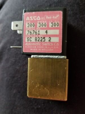 Asco Se-8225-2 Mini Solenoid Valve 18 Npt 240v 300psi New Cond. No Box