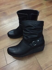 Chelsee Girl Black Ankle Fall Boots